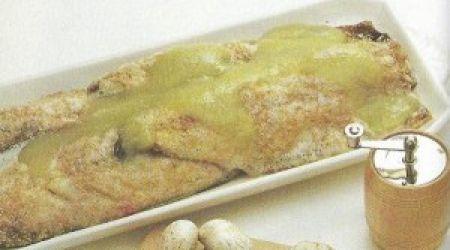 Makreelschotel met kruisbessen